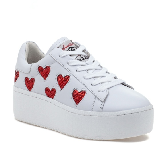 bab05e58fdf11 ASH Cute White Red Leather Sneaker